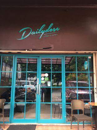 Foto 9 - Interior di Dailydose Coffee & Eatery oleh RI 347 | Rihana & Ismail