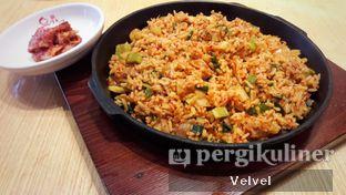 Foto 2 - Makanan(Chicken Galbi Fried Rice) di Yoogane oleh Velvel