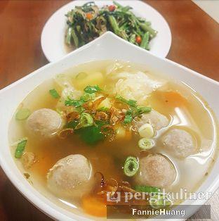 Foto 3 - Makanan di Sop Bakso Mama Khouw oleh Fannie Huang||@fannie599