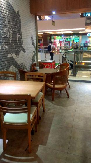 Foto 3 - Interior di Kedai Tjap Semarang oleh Renodaneswara @caesarinodswr