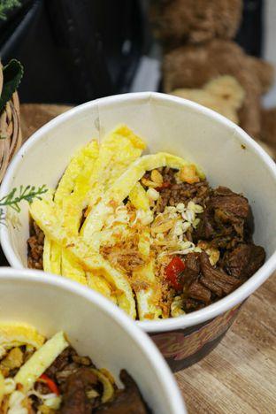 Foto 1 - Makanan di Rawon Bar oleh thehandsofcuisine