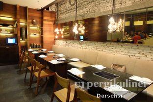 Foto 10 - Interior di Shaboonine Restaurant oleh Darsehsri Handayani