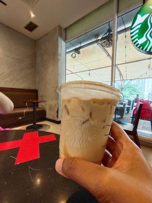 Foto 1 - Makanan di Starbucks Coffee oleh dwisuhar