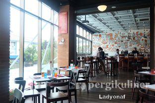 Foto 10 - Interior di Abraco Bistro & Bar oleh Ladyonaf @placetogoandeat