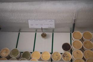 Foto 3 - Makanan di Es Krim Om Karawaci oleh harizakbaralam
