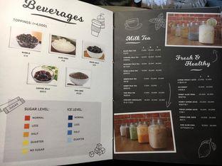 Foto review Home Cafe oleh Dina Ambrukst 10