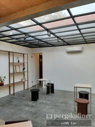 Foto 4 - Interior di Kyo Coffee oleh Selfi Tan