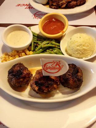 Foto 4 - Makanan di Holycow! STEAKHOUSE by Chef Afit oleh L