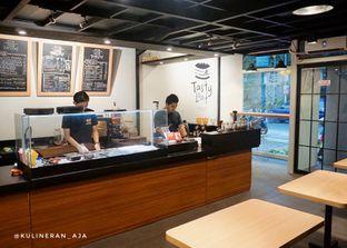 Foto 3 - Interior di Tasty Loaf oleh @kulineran_aja