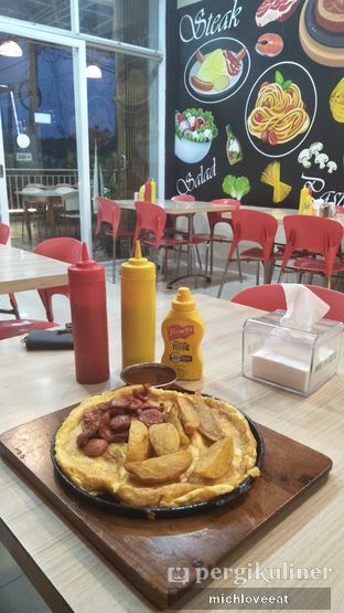 Foto 5 - Makanan di Frankfurter Hotdog and Steak oleh Mich Love Eat