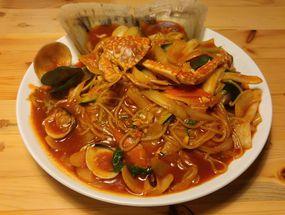 Foto Holy Noodle