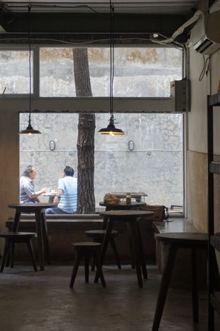 Foto 8 - Interior di Janjian Coffee oleh yudistira ishak abrar