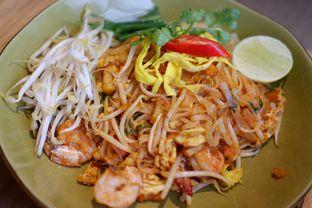 Foto review Tomtom oleh Chrisilya Thoeng 9