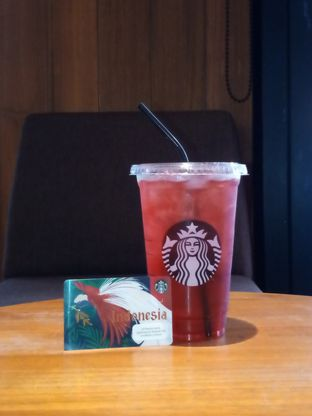 Foto review Starbucks Coffee oleh Chris Chan 1