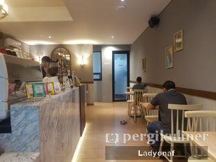 Foto 4 - Interior di Tavor Cafe oleh Ladyonaf @placetogoandeat