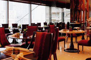 Foto 21 - Interior di Arts Cafe - Raffles Jakarta Hotel oleh Indra Mulia