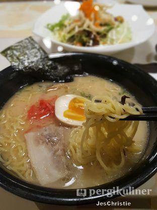 Foto 5 - Makanan(Tonkotsu Ramen) di En Japanese Dining oleh JC Wen
