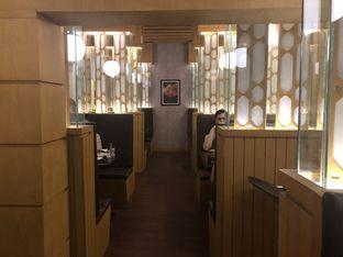 Foto 5 - Interior di Momo Paradise oleh YSfoodspottings