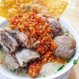 Foto 2 - Makanan(Bakso Tenis Rusuk) di Bakso Solo Samrat oleh Magdalena Fridawati