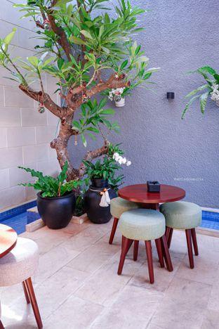 Foto 11 - Interior di Caffeine Suite oleh Indra Mulia