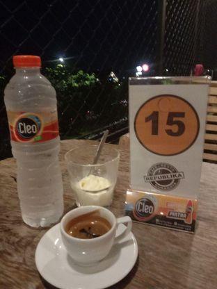 Foto review Republika Cafe & Resto oleh Putra  Kuliner  10