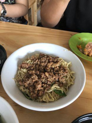 Foto 2 - Makanan di Bakmi Lung Kee oleh Nanakoot