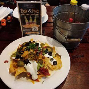 Foto 4 - Makanan di BREWERKZ Restaurant & Bar oleh Sisil Kristian