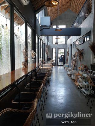 Foto 6 - Interior di Hakuna Matata oleh Selfi Tan