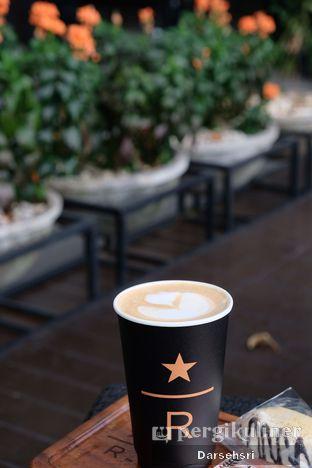 Foto 1 - Makanan di Starbucks Reserve oleh Darsehsri Handayani