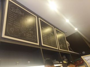 Foto 2 - Interior di WaxPresso Coffee Shop oleh Yuli || IG: @franzeskayuli