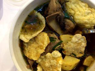 Foto 2 - Makanan(Sop Buntut Spesial Kuah Original) di Chop Buntut Cak Yo oleh Didit