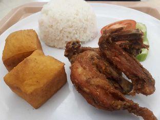 Foto 1 - Makanan di Ayam Goreng Pemuda Surabaya oleh Michael Wenadi