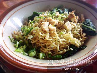 Foto 3 - Makanan di Bakmi Hau Hau oleh Fransiscus