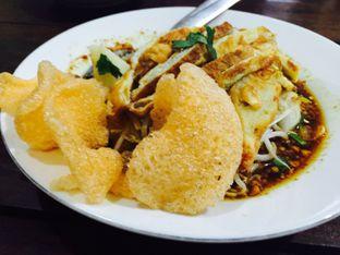 Foto 1 - Makanan(Kupat Tahu + Telor) di Kupat Tahu Magelang AA oleh Yolla Fauzia Nuraini