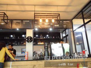 Foto 6 - Interior di Saint Ali Sadjili Coffee oleh Selfi Tan