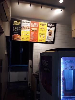 Foto 10 - Interior di Hits Burger oleh Mouthgasm.jkt