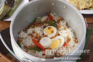 Foto 1 - Makanan di Daun Kelapa oleh Hungry Couplee