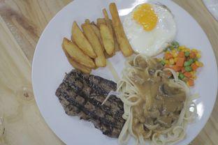 Foto review T Steak & Noodle oleh Edward Kurnia 2