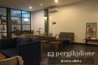 Foto 4 - Interior di Ethos Coffee oleh AndaraNila