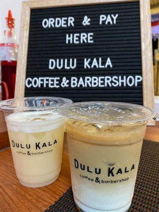 Foto - Makanan(Lychee Yakult & Vanilla Latte) di Dulu Kala Coffee & Barbershop oleh audhinata