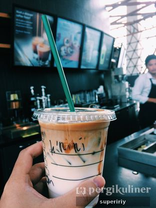 Foto review Starbucks Coffee oleh @supeririy  1