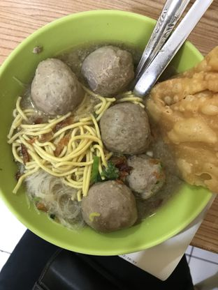 Foto - Makanan(Bakso Puyuh Biasa) di Bakso Solo Samrat oleh @stelmaris