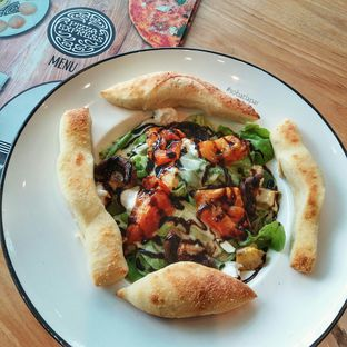 Foto 5 - Makanan(sanitize(image.caption)) di Pizza Marzano oleh Sobat  Lapar