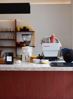 Foto 19 - Interior di Routine Coffee & Eatery oleh yudistira ishak abrar