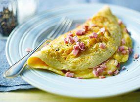 Cara Memasak Omelet yang Lembut untuk Sarapan Pagimu