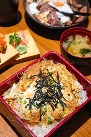 Foto 1 - Makanan di Sushi Matsu - Hotel Cemara oleh thehandsofcuisine