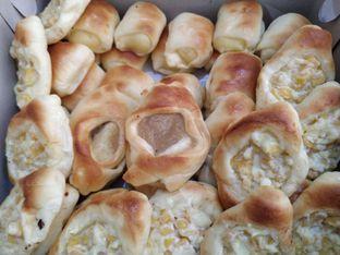 Foto 1 - Makanan di Roti Unyil Venus oleh yeli nurlena