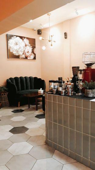 Foto 3 - Interior di Deja Coffee & Pastry oleh Mouthgasm.jkt