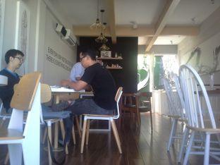 Foto 3 - Interior di Fukudon Coffee N Eatery oleh acepranata