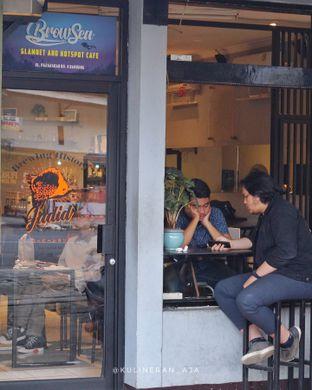 Foto 7 - Interior di Jadid Coffee oleh @kulineran_aja